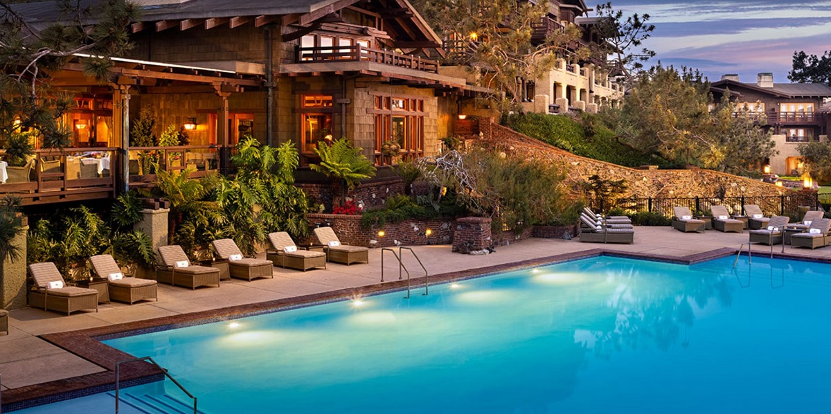 The Lodge at Torrey Pines outside